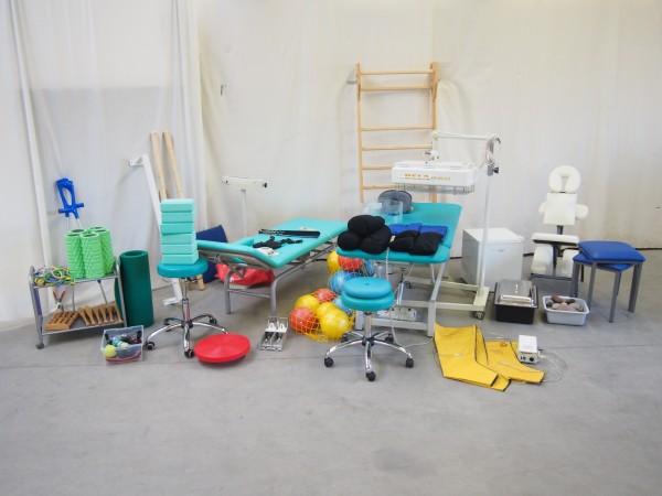 komplettes Praxispaket für bis zu 2 Räume: Bänke, Rotlicht etc. - gebraucht