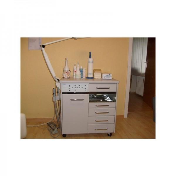 Fußpflegeschrank Arbeitsstuhl u. Behandlungsstuhl