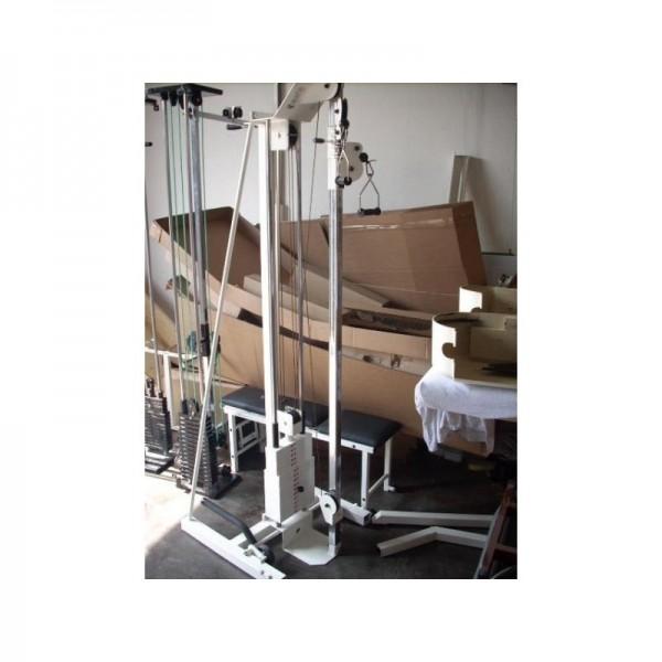 MKB R12e als Standzugapparat mit Trainingsbank